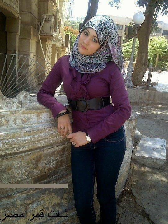 انا مى من الشات بحب اتعرف على شباب وبنات من مصر